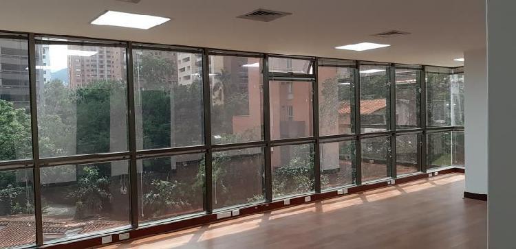 Cod. ABMER205318 Oficina En Arriendo En Medellin El Poblado