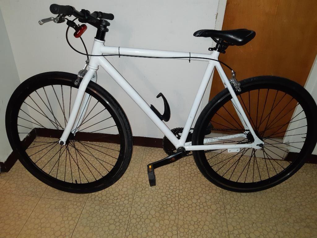 Vendo Bici Fixie en Aluminio Buen Estado
