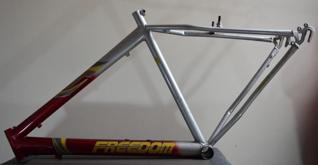 Marco y tenedor bicicleta para adulto USADO