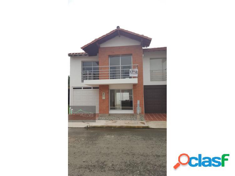 Casa en venta - La Ceja - UNIDAD CERRADA