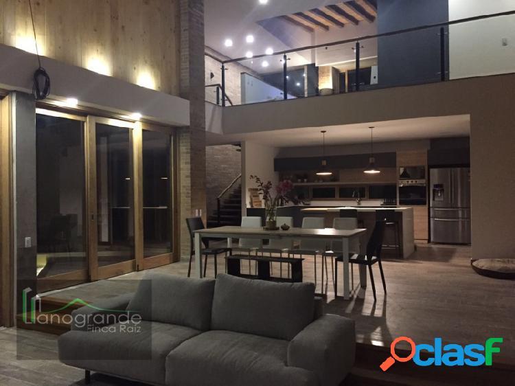 Casa en venta - Rionegro Llanogrande - Unidad cerrada