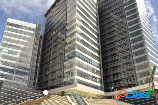 Oficinas en Arriendo en Santa Barbara Bogota A183
