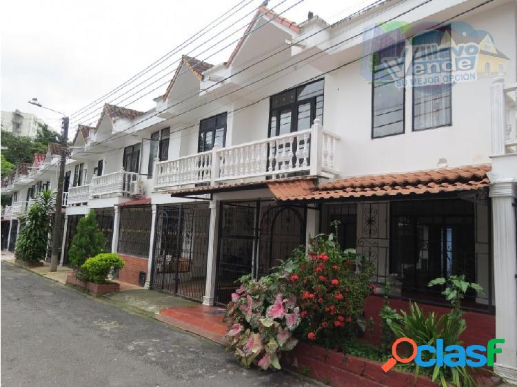Bonita Casa En Arriendo En Sector Hacaritama