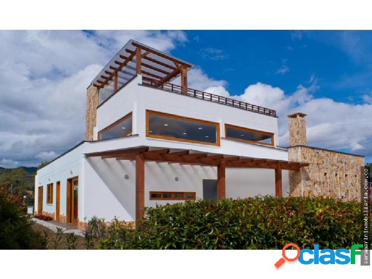 Sofisticada Casa en La Ceja, Oriente Antioqueño