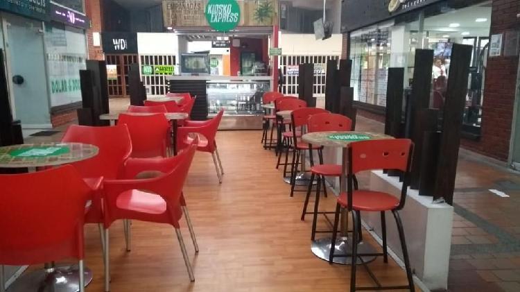 Vendo Cafetería Centro Ccial Cabecera3a