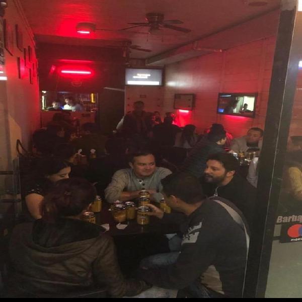 Vendo Restaurante Bar Acreditado !!