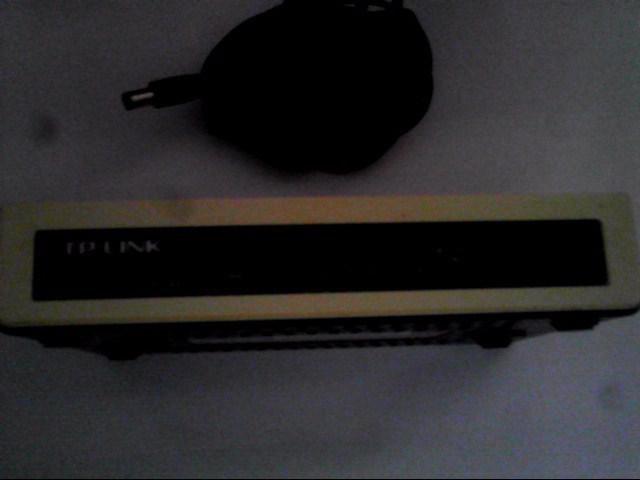 p-link Switch 8 Puertos 10/100 Tl-sf1008d