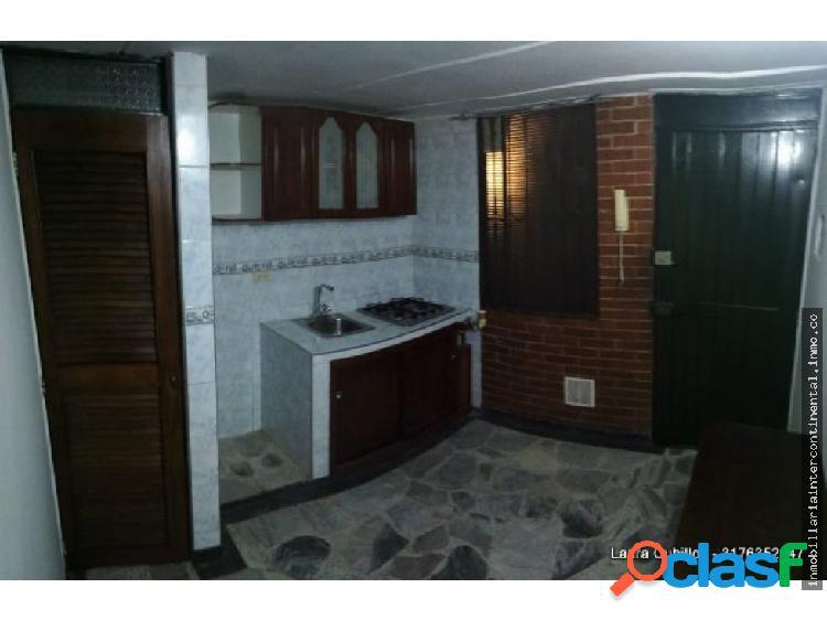 ARRIENDO DE CASA EN SANTA BARBARA CENTRAL