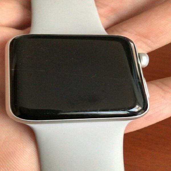 Vendo Apple Watch S3, con Un Rayoncito