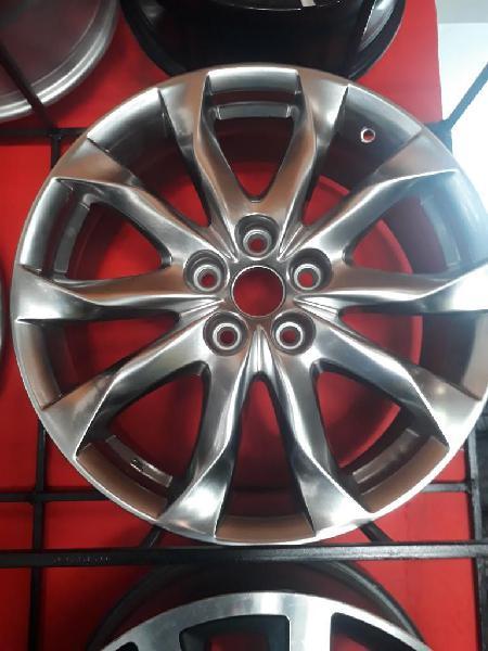Vendo Rines 18 de Mazda Tres con Llantas
