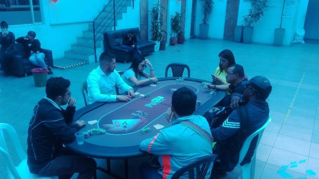 Alquiler de Mesas de Poker Y Torneos