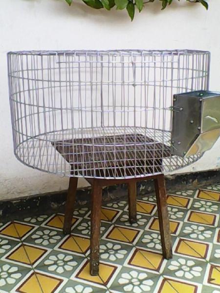 Fabricación de criadoras y jaulas para todo tipo de