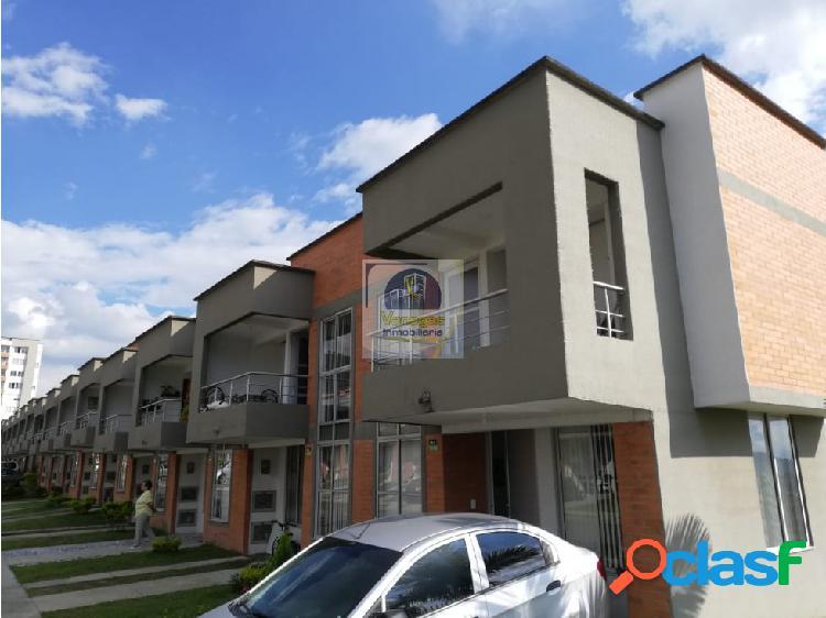 Vendo Casa en Molivento de las Villas 2