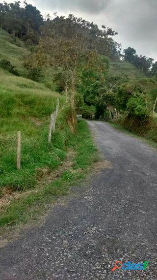 Se vende finca en la vega (Cundinamarca) 10 fanegadas