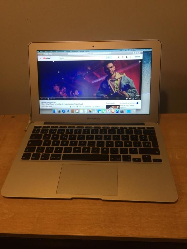 Cambio o vendo Macbook Air 11 Pulgadas Core i5 SSD 64gb Ram