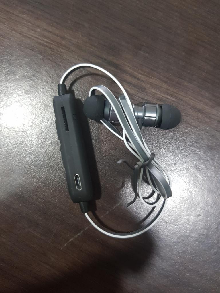 Audifono Inalambrico Lector Microsd