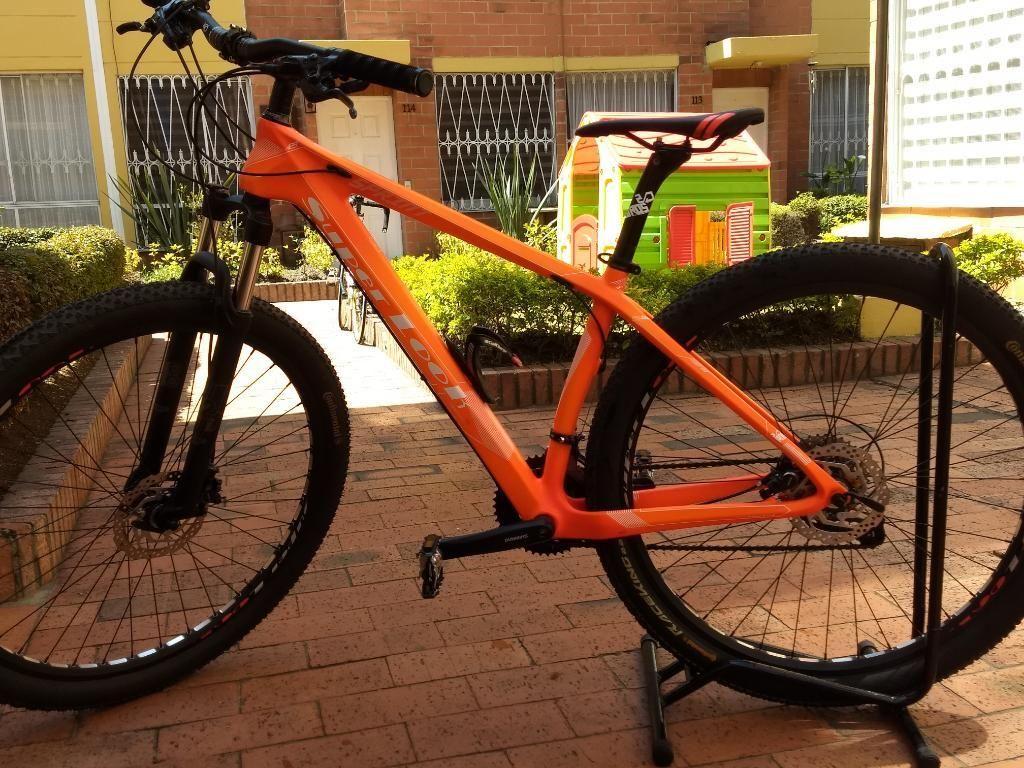 Bicicleta Marca Super Look en Carbono