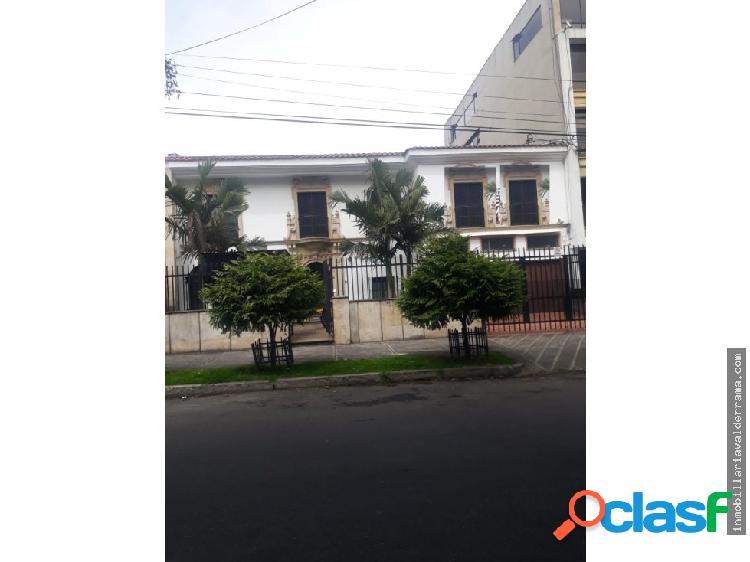 SE ARRIENDA CASA PARA OFICINAS -QUINTA CAMACHO