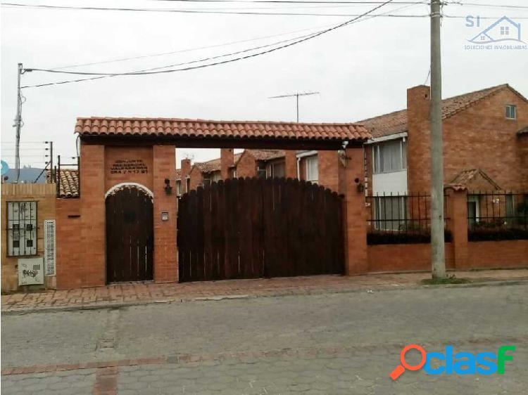 Vendo Casa en CHIA conjunto residencial la