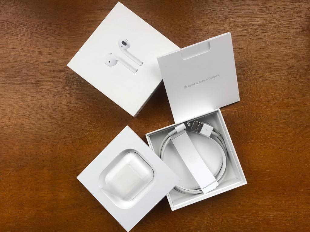 Apple AirPods 1ra Gen Originales Audífonos Bluetooth