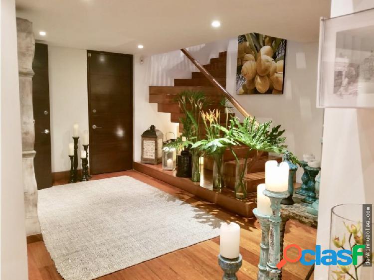 Lindo Apartamento con niveles en El Retiro