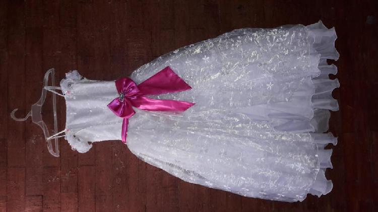 se vende vestido de primera comunión