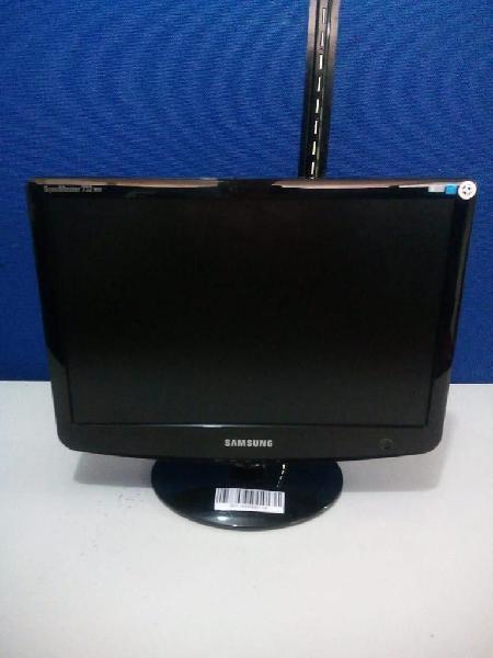 "MONITOR DE 17"" SAMSUNG HD IPS"