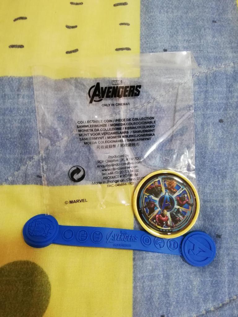 Moneda Y Organizador de Cables Avengers