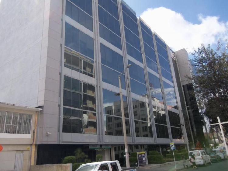 Oficina En Venta En Bogota Antiguo Country Cod. VBCYF19505