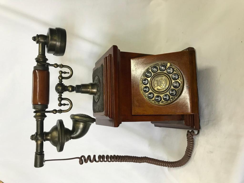 TELÉFONO EN MADERA COLLECTION ZY