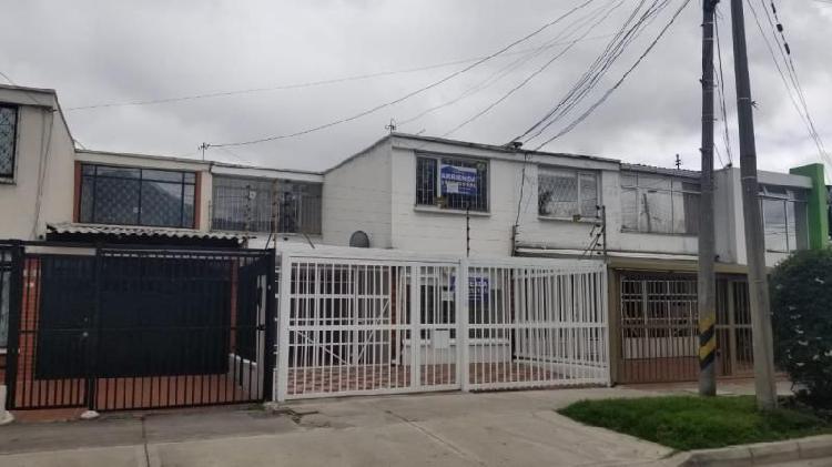 Casa En Arriendo En Bogota Polo Club Cod. ABIMP-219