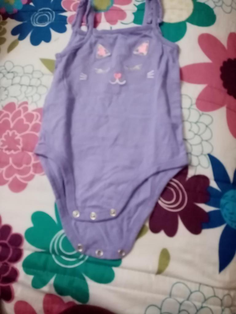 Lote ropa beb nia 9 a12 meses