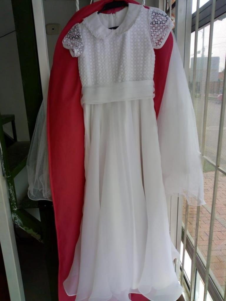 Vendo hermoso vestido de Primera Comunión Talla 8