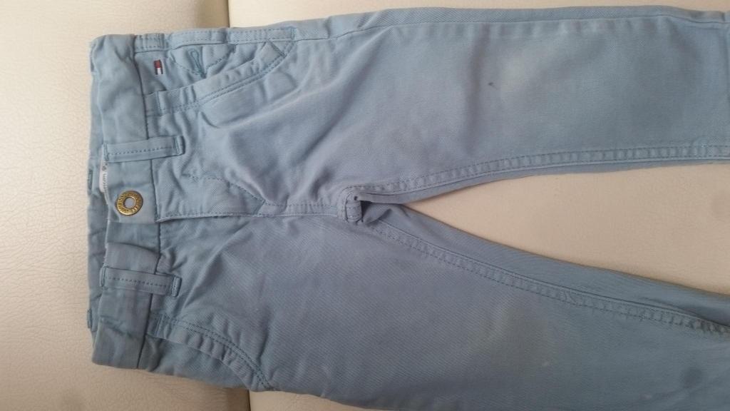 Vendo Pantalón en Drill Tommy Original para bebe.