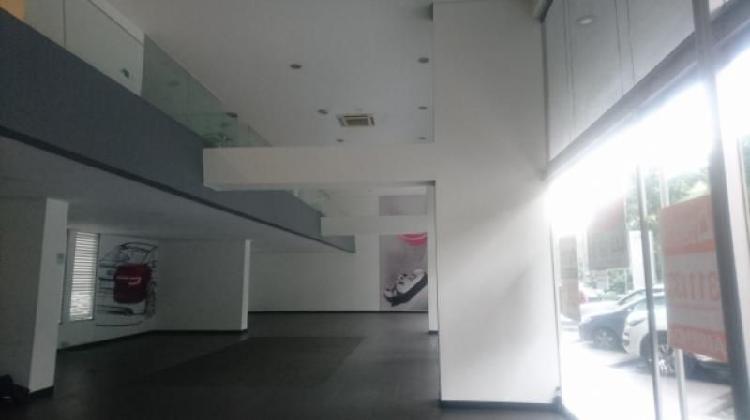 Local En Arriendo En Medellin El Poblado Cod. ABMAT10263