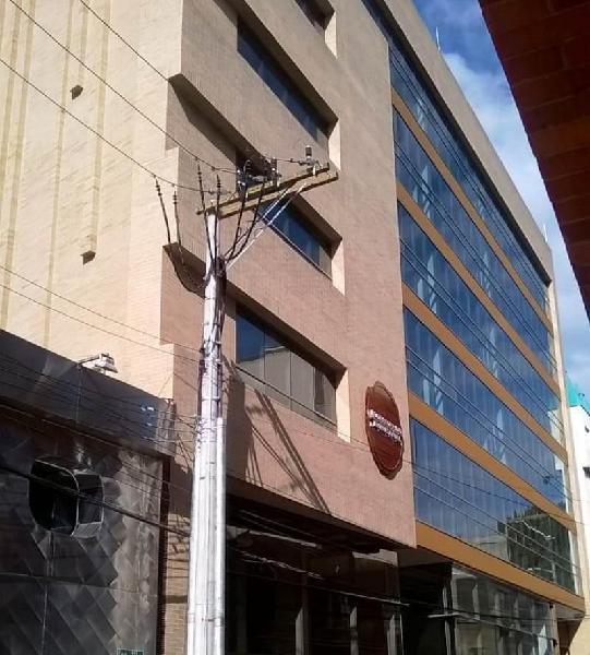 Oficina En Arriendo En Bogota Santa Barbara Cod.