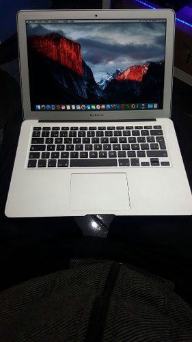 Computador Portatil Macbook Air Core I5 (13,3-inch,mod 2013)