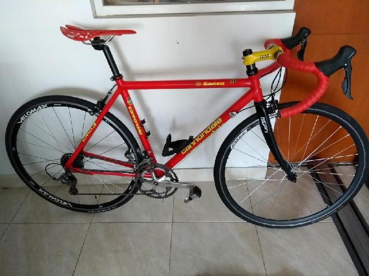 Vendo Hermosa Bicicleta Cannondale.