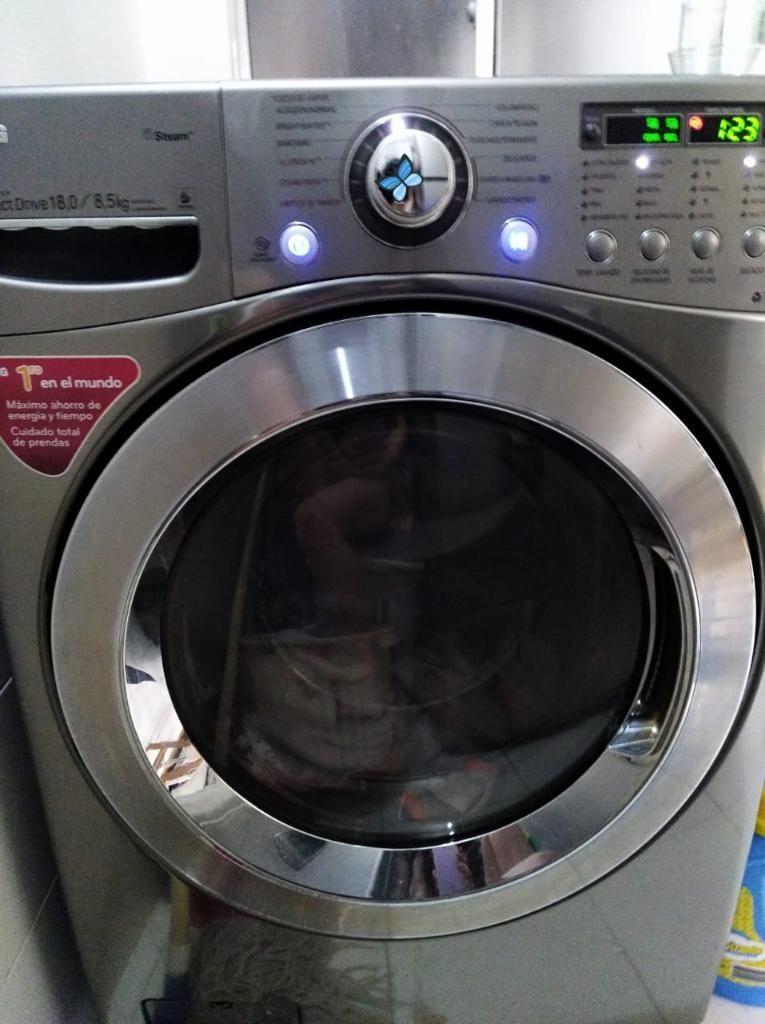 Lavadora Secadora Carga Frontal.lg