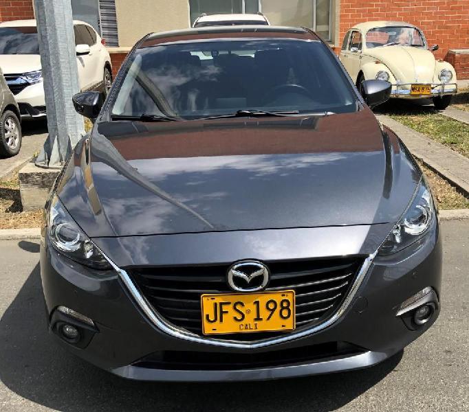 Mazda 3 versión touring 2017