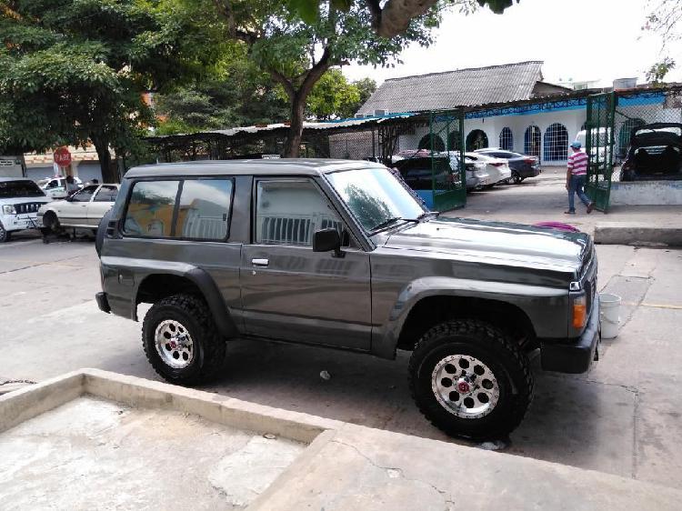 Vendo Hermoso Juguete Nissan Patrol Y60