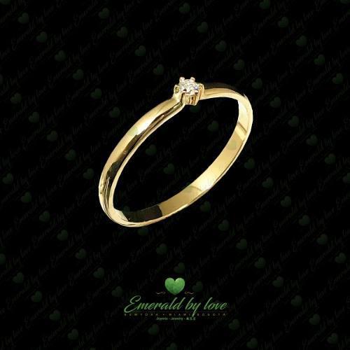Anillo De Compromiso De Diamante Y Oro 18k