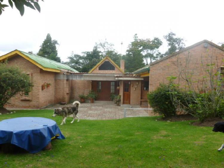 Casa En Venta En Chia Tiquiza Cod. VBIRE52