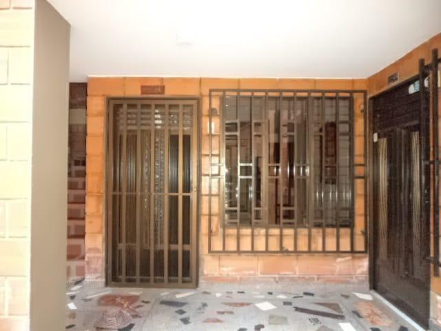 Vendo apartamento de 1º piso a 2 cuadras del parque