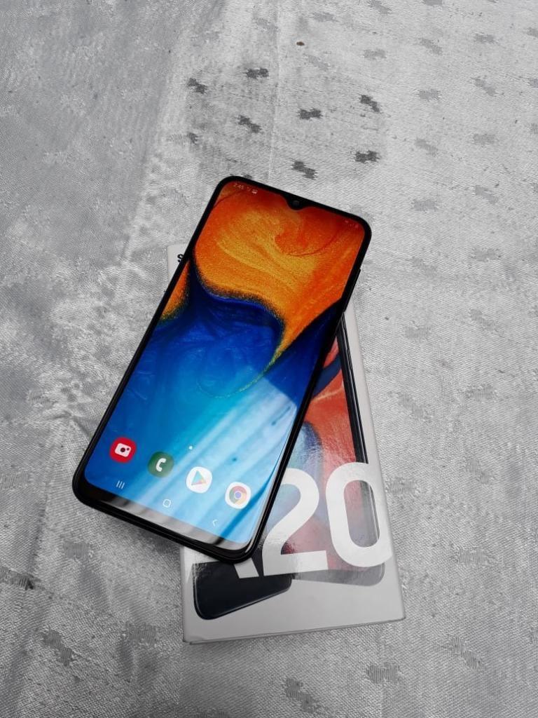 Vendo O Cambio Samsung A20 Perfecto Esta