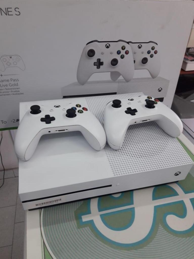 XBOX ONE 2 CONTROLES