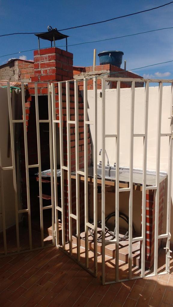 reja de seguridad tres puertas con marco nueva ecxelente