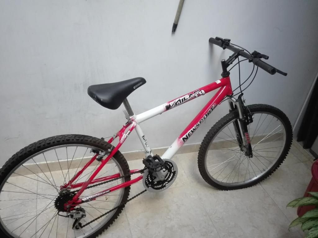Se Vende Bicicleta Todo Terreno en Buen Estado