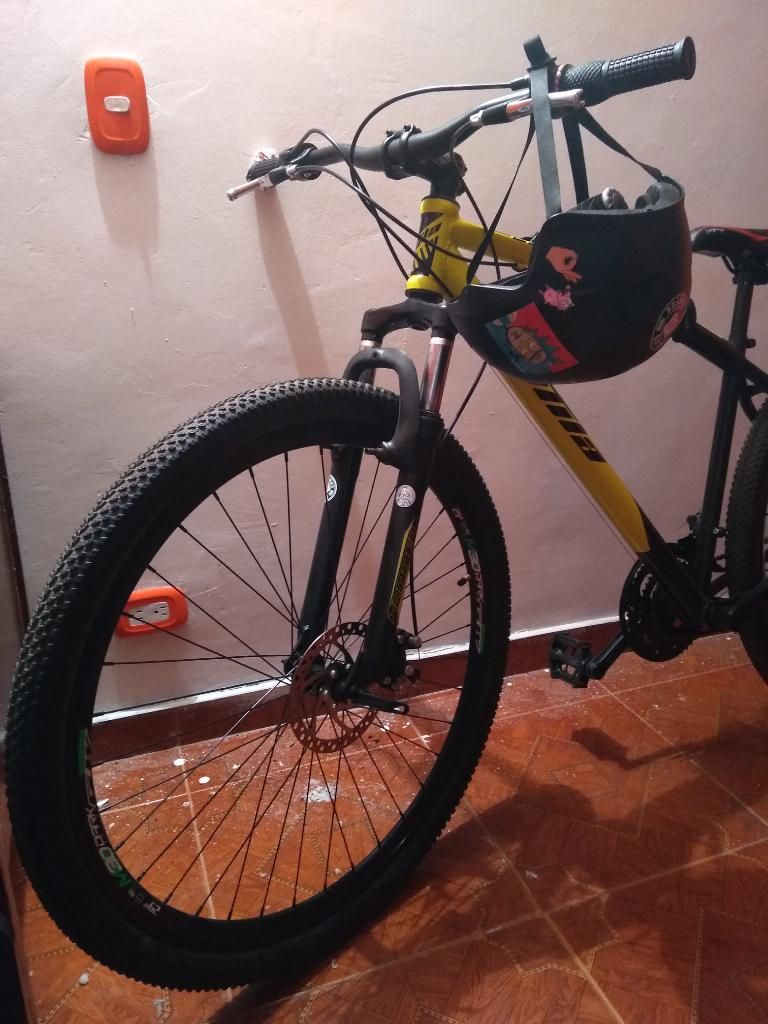 Vendo Bicicleta Todo Terreno Kit Seguro