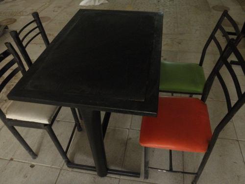 Mesas 4 Y 2 Puestos Para Bar O Restaurante, Remato